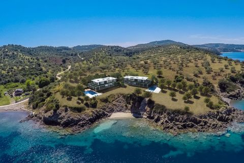 Hallkidiki, villas, by the sea summer house, pool, private beach, marina, Paliouri, Kassandra, close to Ksenia beach